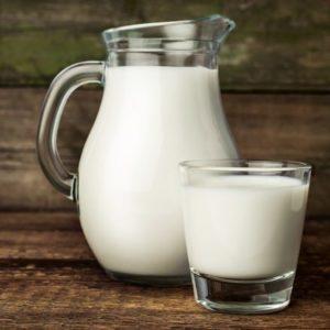 Молоко деревенское цельное 1,5 литра